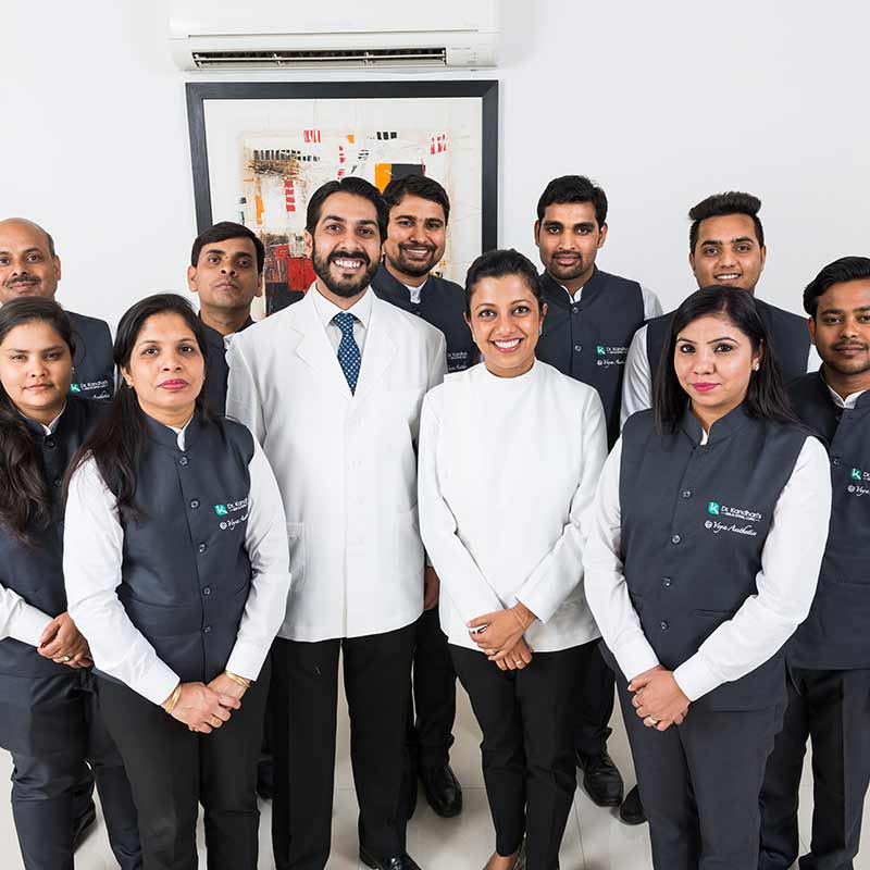 dr kandhari's clinic dental team
