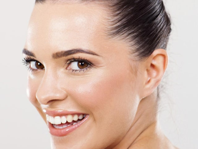 Teeth Whitening Service in Delhi
